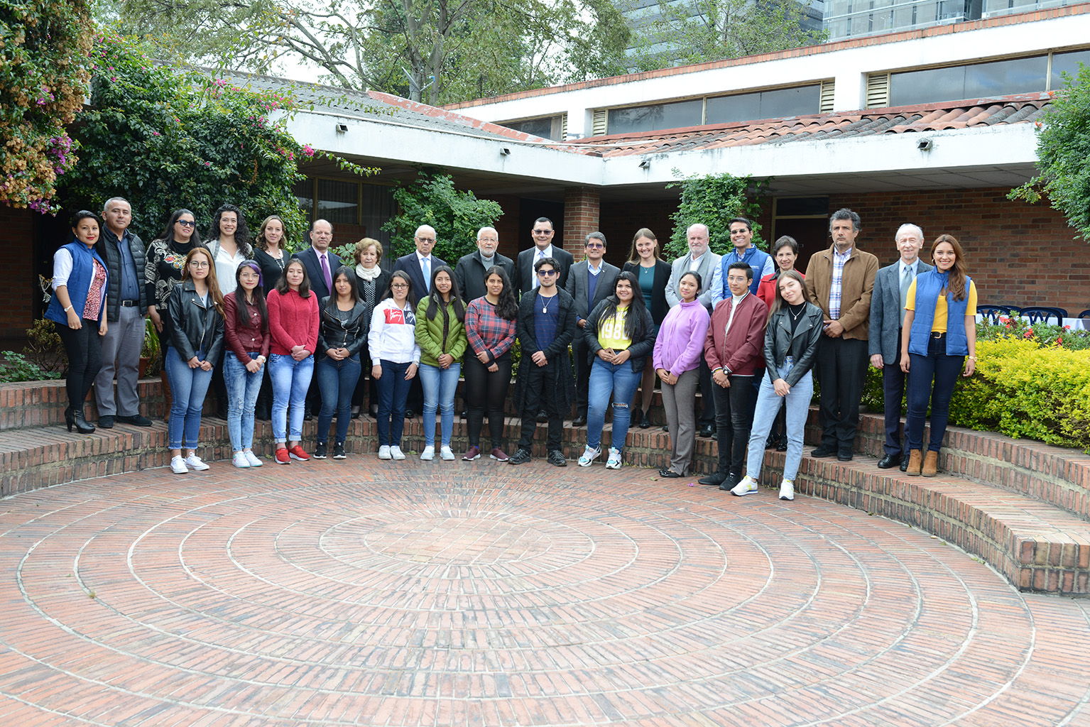 The board of directors  and professors of the fundación Universitaria Salesiana, Colombia gave a warm welcome to the new students of the Pharmaceutical Chemistry career