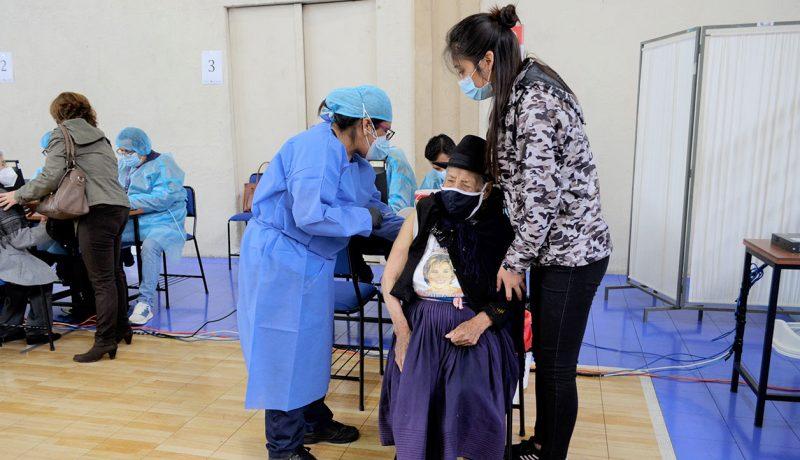 UPS es centro de vacunación contra el COVID-19 en sus tres sedes