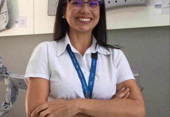Alessandra Camargo, aluna egressa do curso de Engenharia de Mecânica do UNISAL