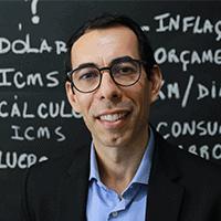 Michel Constantino (Universidade Católica de Brasília)