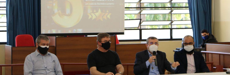 Chanceler do UniSALESIANO e Inspetor da Missão Salesiana de Mato Grosso fica contente com visita a UniSALESIANO, Araçatuba