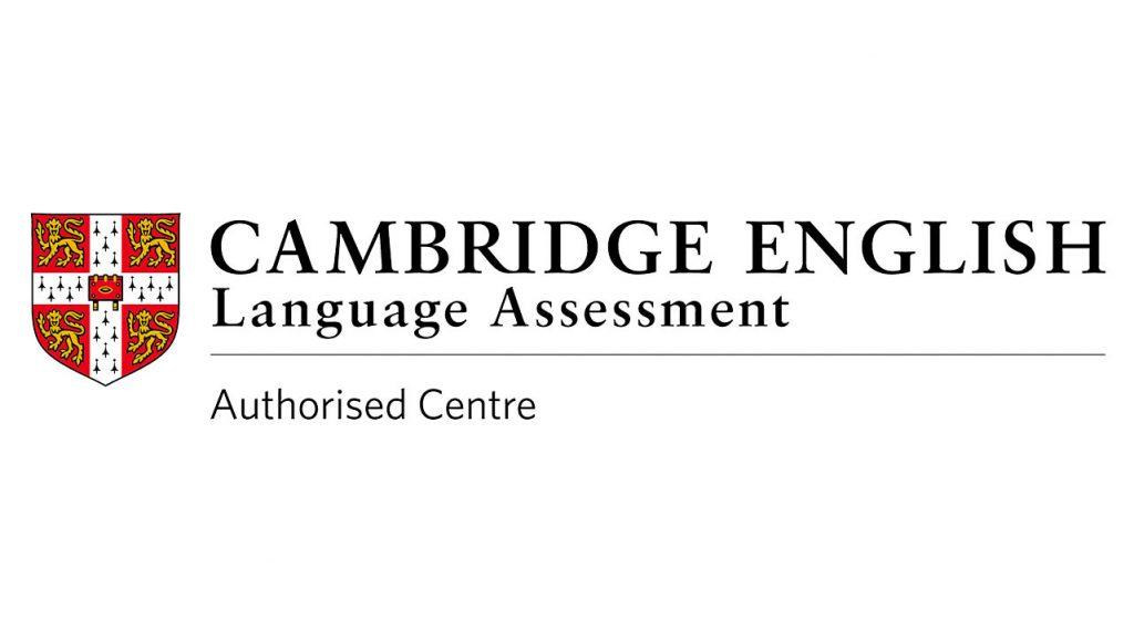Ecuador - International Cambridge awards certificates for 63 UPS students