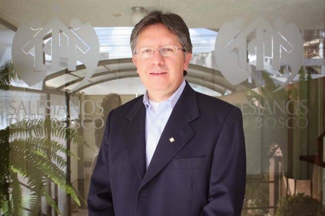 El padre Salesiano Marcelo Farfán