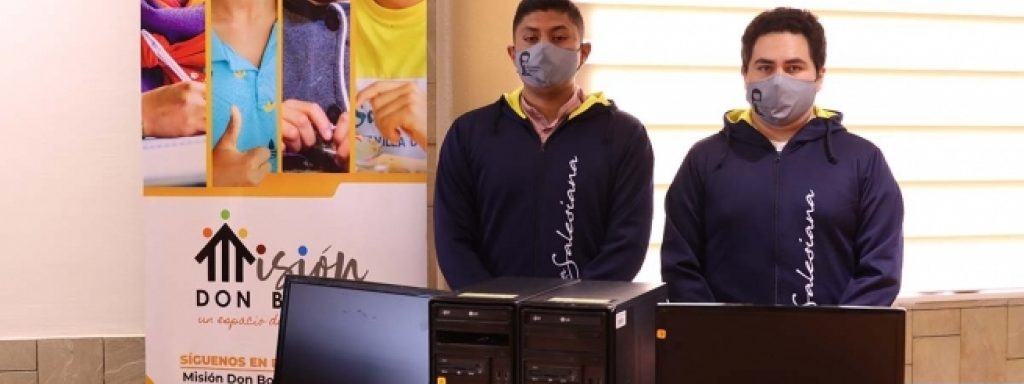 """Students of the Salesian Polytechnic University of Ecuador part of the """"Donate your Computer"""" campaign aimed at providing technological tools to vulnerable populations"""