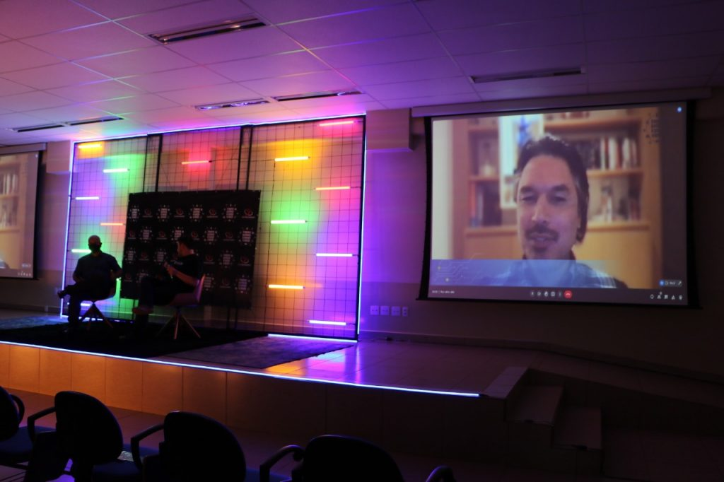 Brasil - Abertura do 1º Congresso Internacional de Tecnologia na Educação do UniSALESIANO é vista por mais de 5 mil pessoas